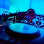 DJプレイで使うための音源と、著作権を侵害しない楽曲の選び方!